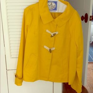 Gap yellow light coat with wooden button